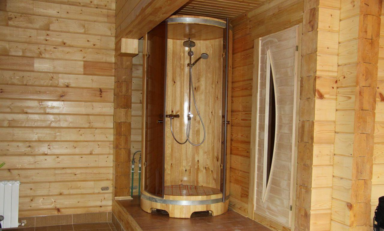 Душевая в бане, непротекающий пол