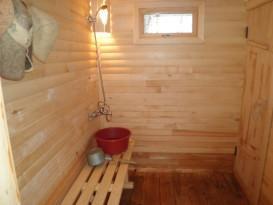 Моечная в бане, деревянный пол