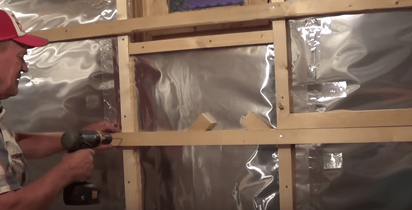 Обшивка бани внутри вагонкой