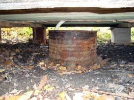 Простейший вариант - отвод воды в сточную яму под баней