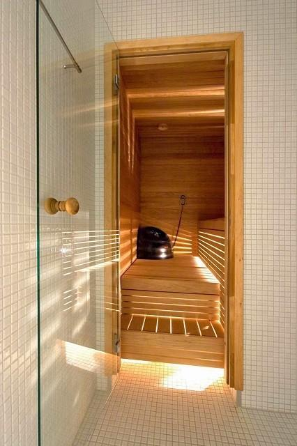 Стеклянные двери для саун набирают все более широкую популярность