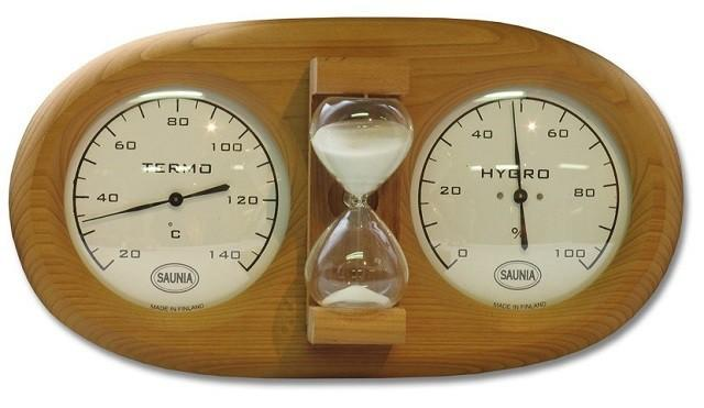 В бане следует иметь приборы для контроля температуры, влажности и времени пребывания в парной