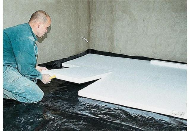 Укладка плит термоизоляции