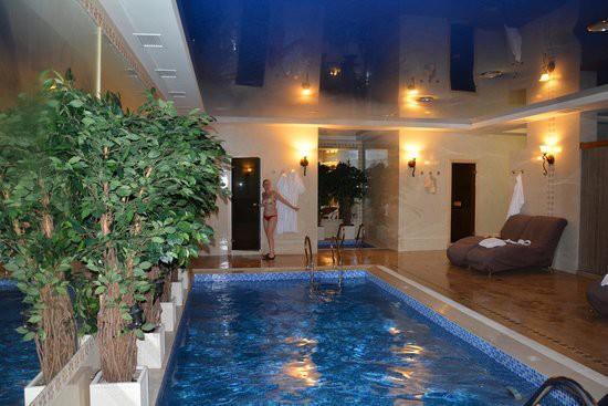 Банный бассейн с подогревом - пример обустройства и оформления