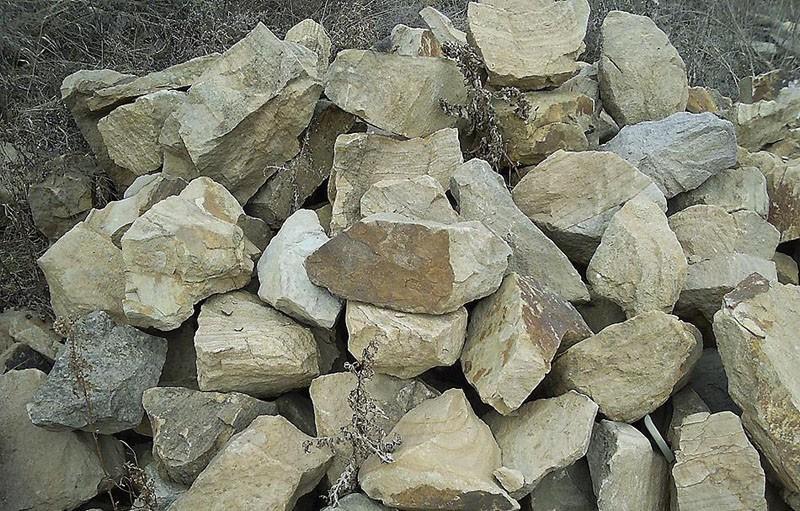 Бутовый камень для строительства фундамента