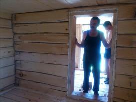 Высота потолка в бане должна соответствовать росту