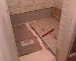 Как укладывать плитку на пол в бане