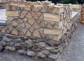 Камень, сформированный из естественных элементов не ниже марки 200