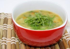 Крапива используется даже в кулинарии