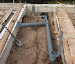 Легкий способ обустройства канализации для бань из пеноблоков