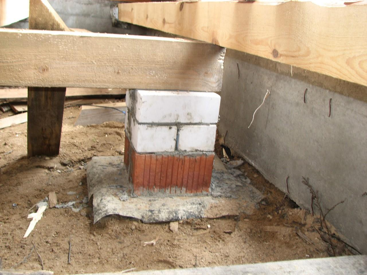 Монтаж по грунту на столбики