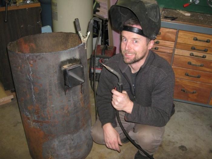 Опытный сварщик может самостоятельно изготовить банную печь
