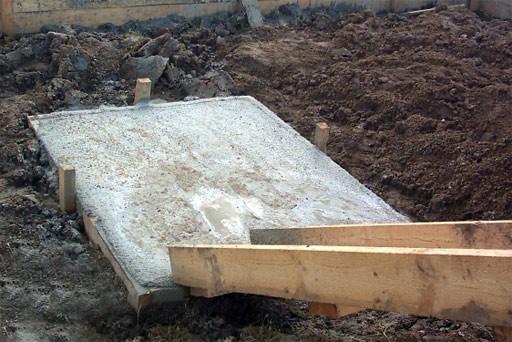 Печной фундамент не должен быть сопряжен с фундаментом дома