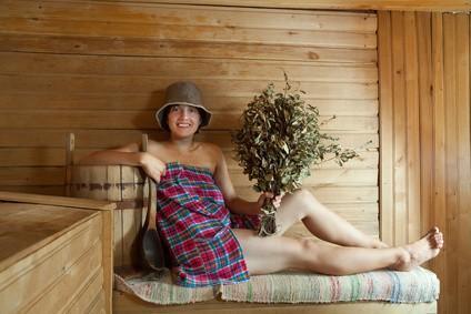 Показания и противопоказания к посещению бани