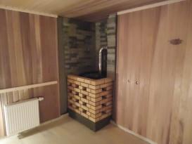 Пример установки металлической печи в бане