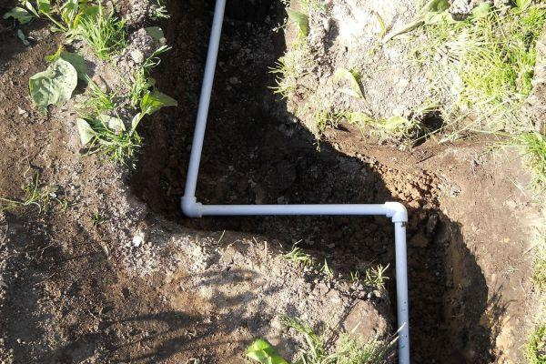 Прокладка летнего трубопровода для бани