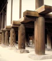 Фото деревянного столбчатого фундамента