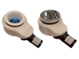 С помощью монтажного ключа-заглушки завинчивающаяся часть сифона с уплотнительной прокладкой и с корпусом сифона подсоединяется к душевому поддону. Одновременно монтажный ключ-заглушка защищает сифон от загрязнений во время монтажа