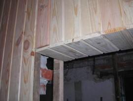 Монтаж деревянной вагонки в проемах дверей