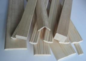 Галтели и плинтуса деревянные