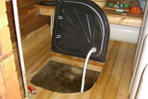 Установка над канализационным приямком