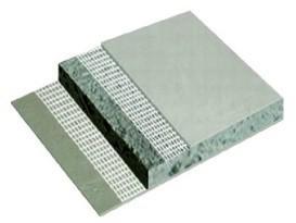Пример залитого растущего бетона между двумя стекломагниевыми листами