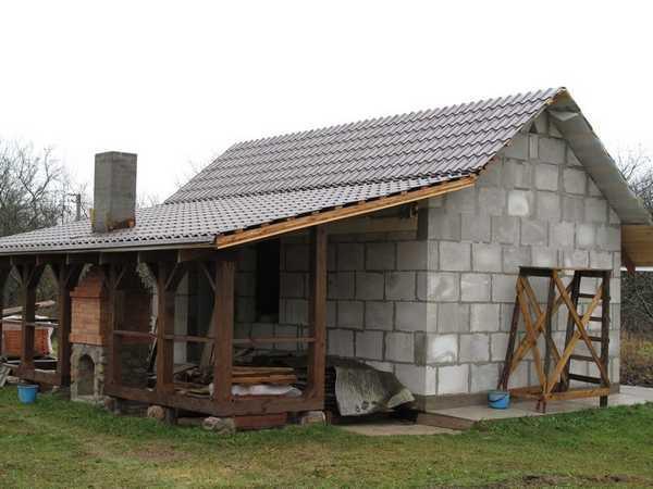 Баня из бетонных блоков