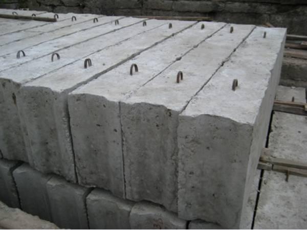 Железобетонные блоки для фундамента — залог прочности основания дома