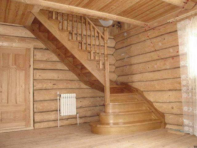 Как построить поворотную маршевую лестницу
