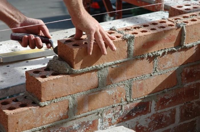 Строительство стен из кирпича своими руками