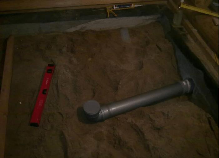 Укладка сливной трубы