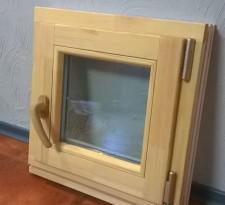 Окно деревянное для бани