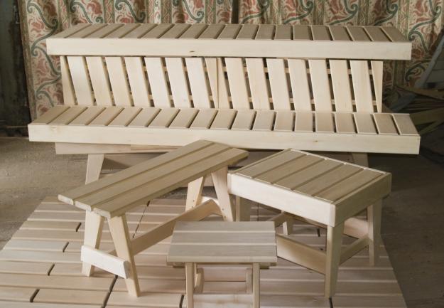Деревянная мебель для бани