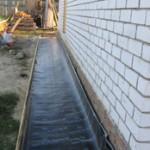 Укладка гидроизоляционного материала