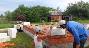 Проверка двух блоков гидроуровнем