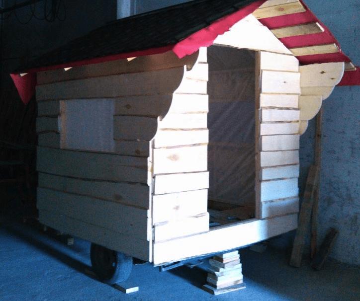 Обшивка и крыша