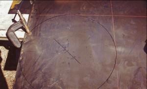 Вырезаем круг из стали