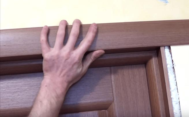 Установка наличников на двери своими руками