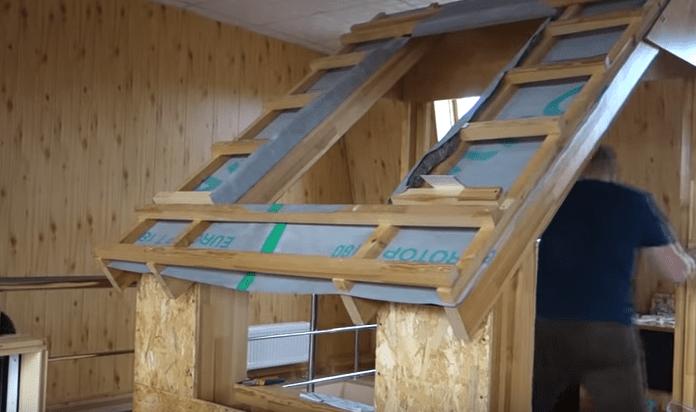 Демонстрационный стенд - подготовка проема для установки мансардного окна
