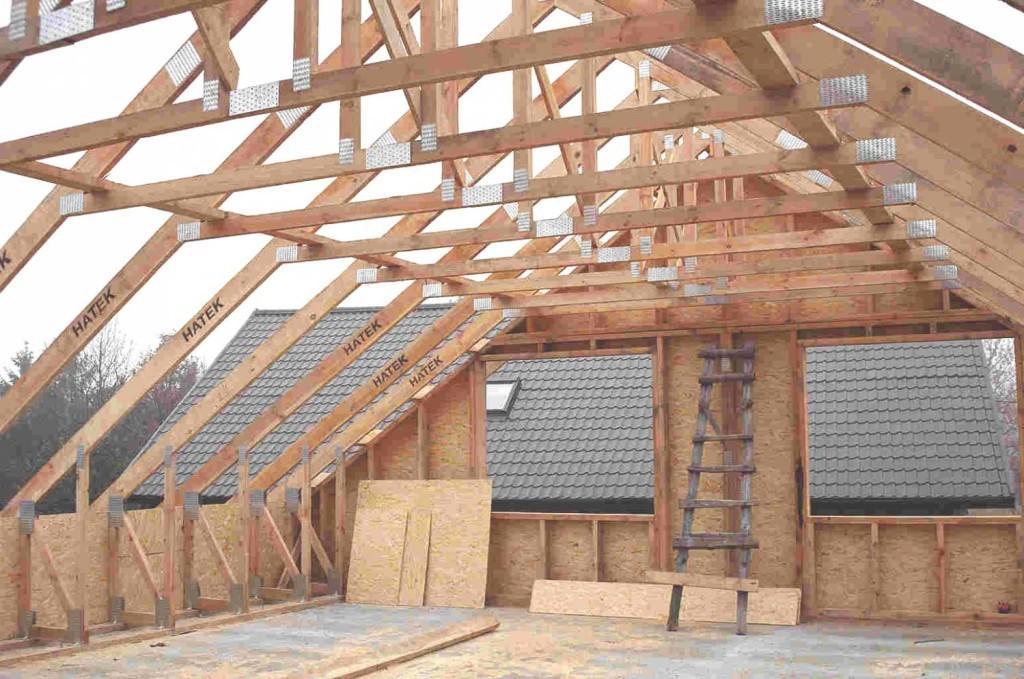 Мансардная крыша в каркасной бане - фото строительства