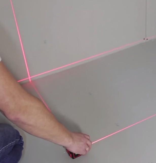 Отметка нулевого уровня лазерным нивелиром