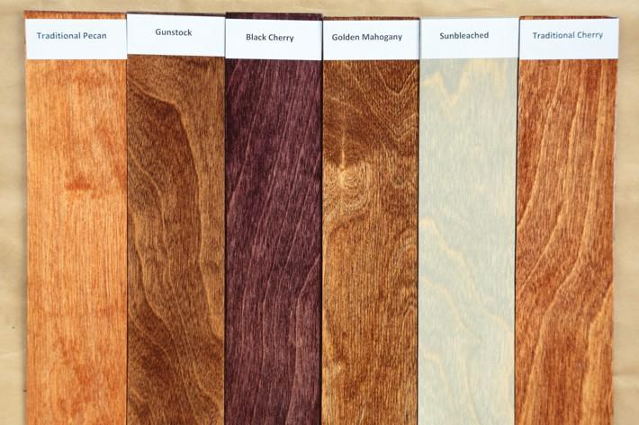 Морилка – это специальная жидкость, предназначенная для усиления фактуры дерева или придания ему цвета благородной древесины