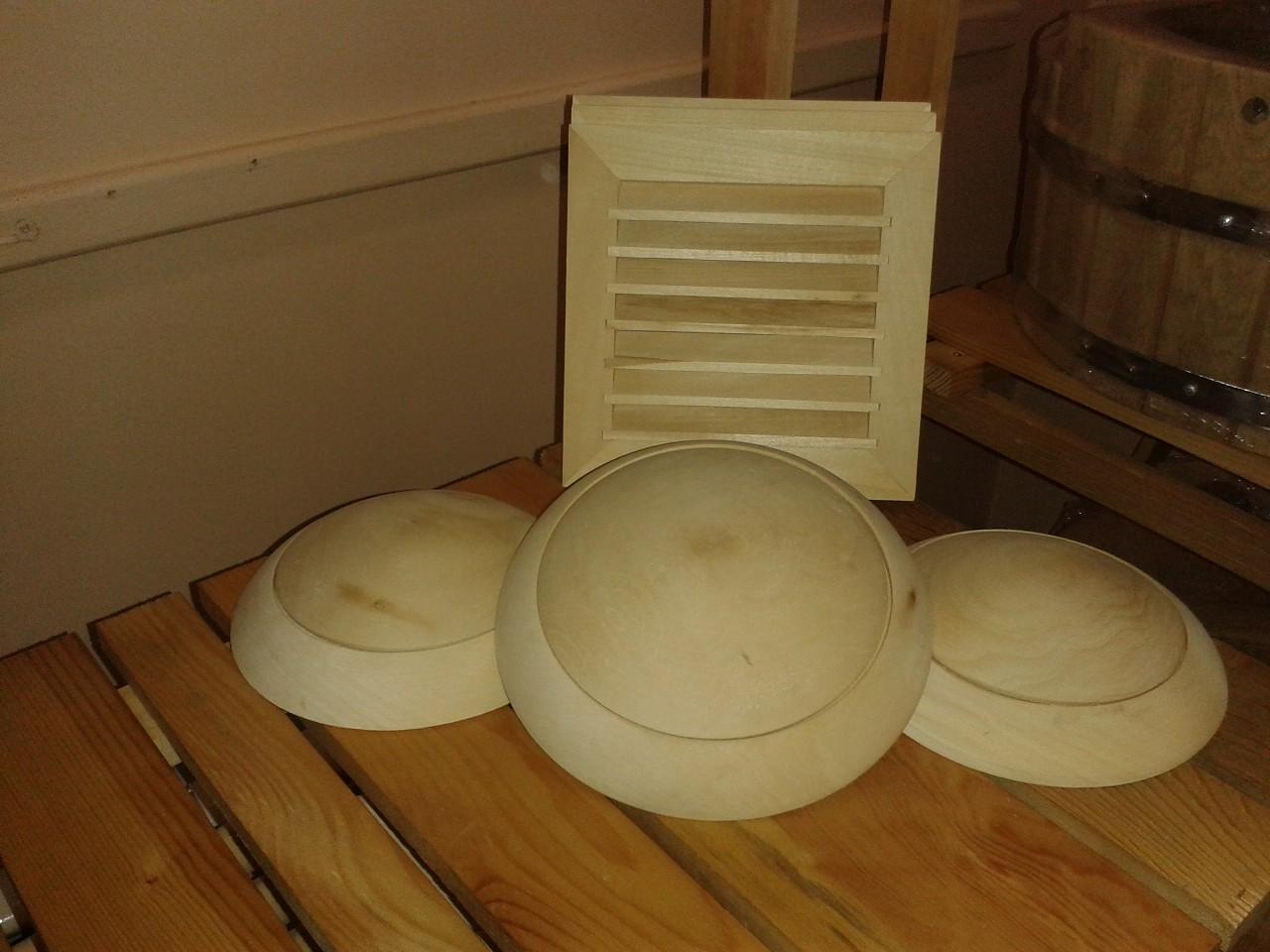 Вентиляционная решетка деревянная для бани