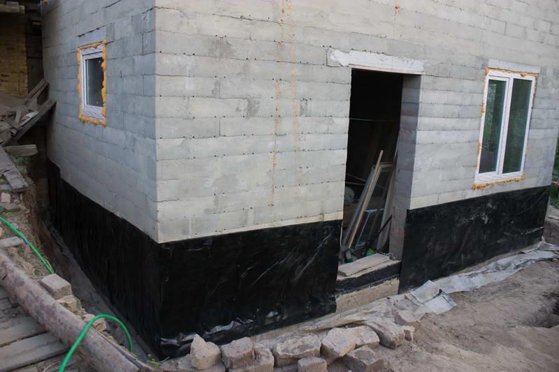 Гидроизоляция стен - фото
