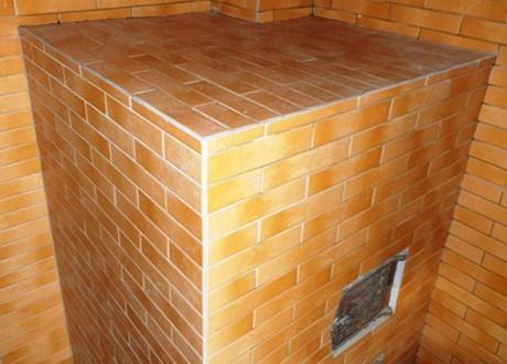 Облицовка печи и дымохода керамической плиткой