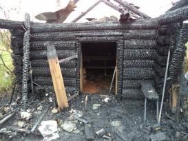 Печальные последствия обугливания стен, произошедшего по причине нарушения правил пожарной безопасности