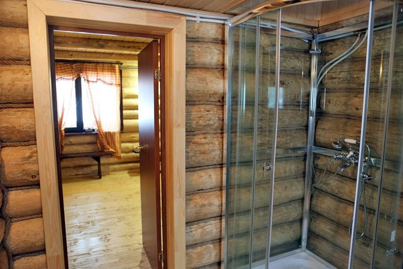 Рекомендуем сразу позаботиться о зимнем водопроводе в бане