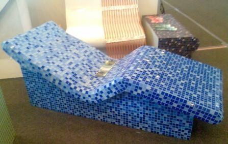 Облицованный лежак