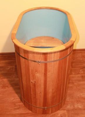 Композитная купель из пластика с деревянной отделкой снаружи