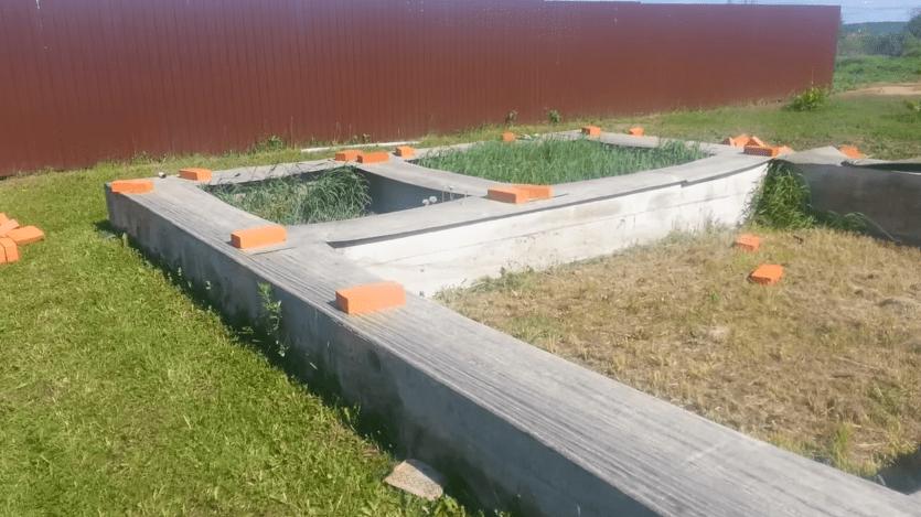 Рубероид на фундаменте
